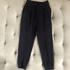 Massimo Dutti Pleated Jogger Trousers Navy Blue 4